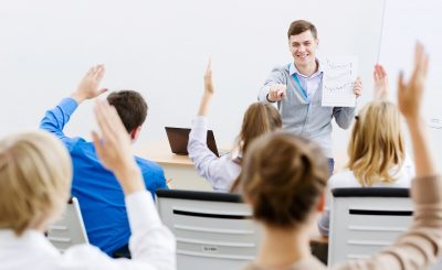 Training Communication Skill (3V Communication in the Workplaces)